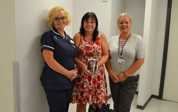 walsall mum and her family help others