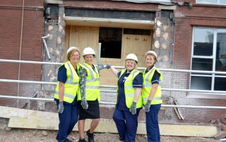 Nurses gather to see Construction of new ICU