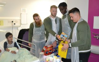 Walsall FC players visit Ward 21
