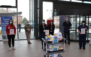 Hampers for Heroes arrive at hospital