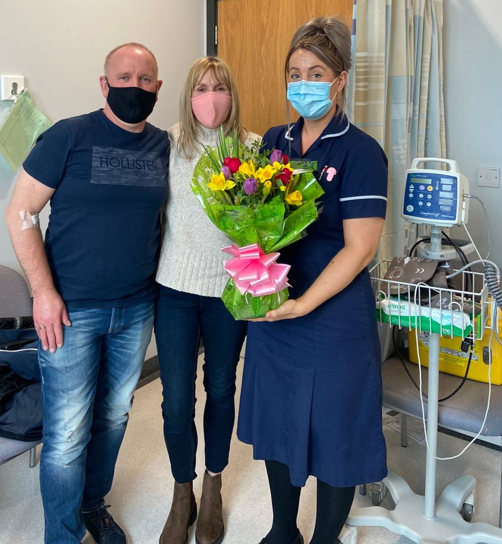 Ian and wife Helen say thank you to staff for for support